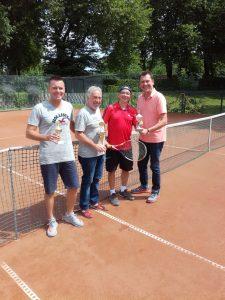 Read more about the article Die Tennisabteilung des VFL Gladbeck ermittelte ihre Vereinsmeister!